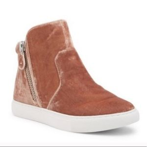 Kenneth Cole Crushed Velvet Zip Up High Top
